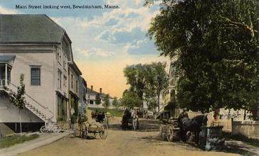 Main_Street_Looking_West__Bowdoinham__ME.jpg
