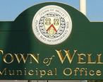 Wells_maine_municipal_offices_sign_2006.jpg