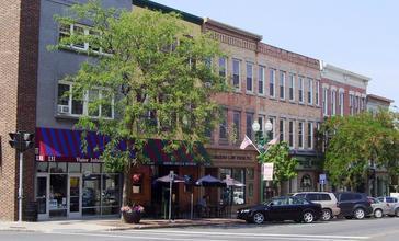 Genesee_Street_north_side_at_North_Street_Auburn.jpg