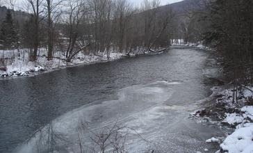 Battenkill_in_Arlington__Vermont.jpg