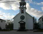 Church_in_Alburgh__Vermont.jpg