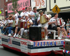 Canonsburg-fourth-of-july-parade-float.jpg