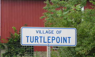 Road_sign_for_Turtlepoint__PA.jpg