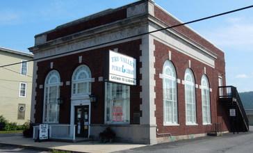Tri-Valley_Public_Library__Hegins_PA.JPG