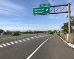 2018-05-21_09_14_30_View_south_along_Interstate_95__New_Jersey_Turnpike__at_Exit_12__Carteret__Rahway__in_Carteret__Middlesex_County__New_Jersey.jpg