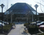 Exton_Square_Mall_food_court_entrance.JPG