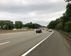 2018-06-20_19_17_40_View_south_along_New_Jersey_State_Route_444__Garden_State_Parkway__just_north_of_Exit_138_in_Kenilworth__Union_County__New_Jersey.jpg