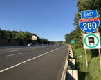 2018-07-18_18_58_35_View_east_along_Interstate_280__Essex_Freeway__between_Exit_7_and_Exit_8A_in_West_Orange_Township__Essex_County__New_Jersey.jpg