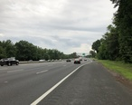 2018-06-20_19_23_41_View_south_along_New_Jersey_State_Route_444__Garden_State_Parkway__between_Exit_136_and_Exit_135_in_Clark_Township__Union_County__New_Jersey.jpg
