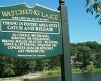 Signpost_for_Watchung_Lake_NJ.jpg