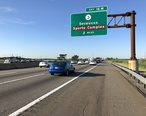 2018-07-20_18_26_51_View_north_along_Interstate_95__New_Jersey_Turnpike_Western_Spur__south_of_Exit_16W_in_Lyndhurst_Township__Bergen_County__New_Jersey.jpg