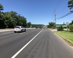 2018-07-19_12_25_09_View_north_along_New_Jersey_State_Route_17_between_Bergen_County_Route_90__Allendale_Avenue__and_Pleasant_Avenue_in_Allendale__Bergen_County__New_Jersey.jpg