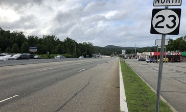 2018-07-24_17_51_20_View_north_along_New_Jersey_State_Route_23_at_Morris_County_Route_618__Kinnelon_Road-Kiel_Road__in_Butler__Morris_County__New_Jersey.jpg