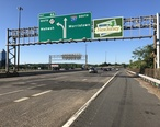 2018-07-19_07_48_49_View_south_along_Interstate_287_and_New_Jersey_State_Route_17_just_north_of_Exit_66__SOUTH_New_Jersey_State_Route_17__Mahwah__in_Mahwah_Township__Bergen_County__New_Jersey.jpg