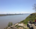 2013-05-05_13_13_20_View_of_the_George_Washington_Bridge_and_Manhattan_from_the_Rockefeller_Overlook_on_the_Palisades_Interstate_Parkway_in_Englewood_Cliffs_New_Jersey.jpg