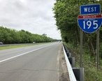 2018-05-28_13_31_50_View_west_along_Interstate_195__Central_Jersey_Expressway__just_west_of_Exit_31_in_Howell_Township__Monmouth_County__New_Jersey.jpg
