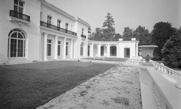 Murray_Guggenheim_House.jpg