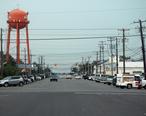 Beach_Haven_NJ_from_Engleside_Ave_toward_the_bay_2007-07-29.jpg