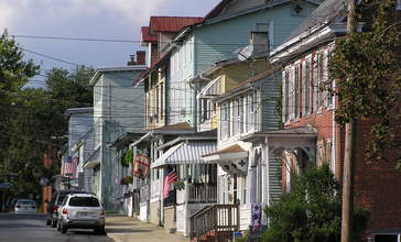 Mount_Holly_Historic_District__2_.JPG