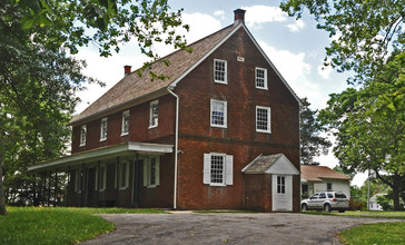 MULLICA_HILL_HISTORIC_DISTRICT__GLOUCESTER_COUNTY.jpg
