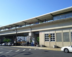 Collingswood_PATCO_station_in_Collingswood__NJ.jpg