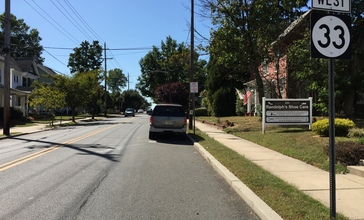 2017-10-02_13_56_51_View_west_along_New_Jersey_State_Route_33__Mercer_Street__at_Academy_Street_in_Hightstown_Borough__Mercer_County__New_Jersey.jpg