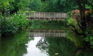 Canal_in_Lambertville.JPG