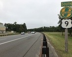 2018-09-12_15_07_38_View_south_along_U.S._Route_9_and_New_Jersey_State_Route_444__Garden_State_Parkway__just_north_of_Exit_82_in_Toms_River_Township__Ocean_County__New_Jersey.jpg