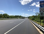 2018-06-14_14_18_07_View_west_along_Interstate_78_and_U.S._Route_22__Phillipsburg-Newark_Expressway__between_Exit_7_and_Exit_6_in_Bloomsbury__Hunterdon_County__New_Jersey.jpg