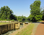 Deleware_and_Raritan_Canal_Lockes_located_in_South_Bound_Brook_NJ__USA_July_2012_-_panoramio__2_.jpg