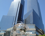 Time_Warner_Center_May_2010.JPG