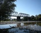 Wenatchee__WA_-_railway_bridge_across_Wenatchee_River.jpg