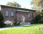 Wenatchee__WA_-_Carnegie_Library_01.jpg