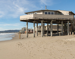 House_on_stilts_in_Stinson_Beach__California.jpg