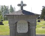 Black_Diamond_Cemetery_tomb_01.jpg