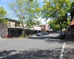 Main_Street_in_Edmonds__17984083792_.jpg