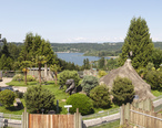 Lake_Sammamish_from_Cougar_Mountain_Zoo_panorama_2014.jpg