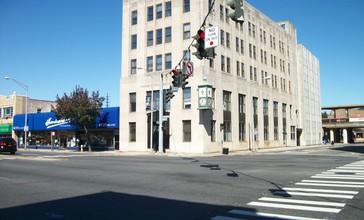 Rockville_Centre_RC_Diocese_Building.JPG