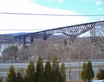 Poughkeepsie_Bridge_by_David_Shankbone.jpg