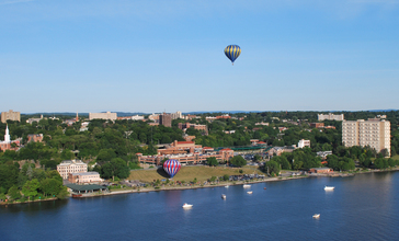 Poughkeepsie__NY_with_evening_balloon_take-off-crop.jpg
