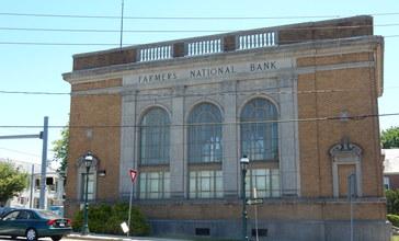 Farmers_National_Bank_Building__Pennsburg__MontCo_PA.JPG