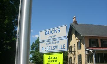 Riegelsville_Borough_sign.jpg