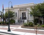 Hollister_Carnegie_Library.jpg