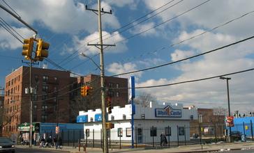NYC_White_Castle_Rockaway.jpg