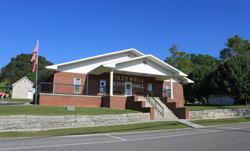 Tazewell_Tennessee_City_Hall.JPG