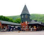 Central_Railroad_of_New_Jersey_Station__Jim_Thorpe__PA_01.JPG