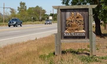 San_Martin_California_Welcome_Sign.jpg