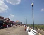 Rehoboth_Beach_boardwalk_looking_north_toward_Rehoboth_Avenue.jpg