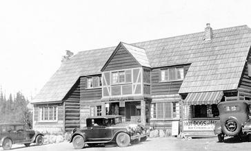 Battle_Axe_Inn_at_Government_Camp_Oregon__1927__5731117456_.jpg