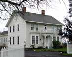 Vaughan_House_-_Molalla_Oregon.jpg
